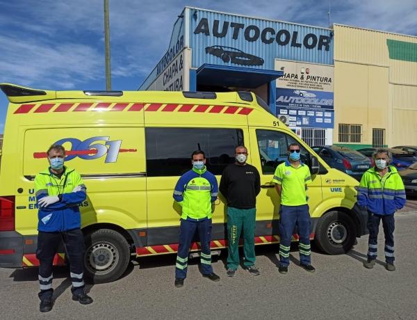 Autocolor apoyando Ambulancias de Lorca